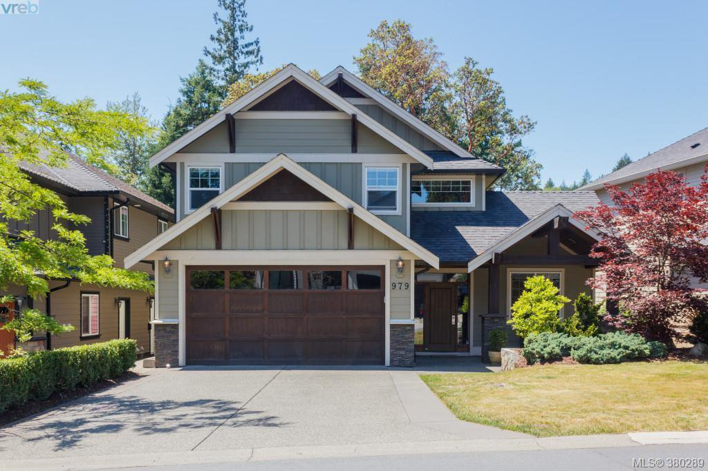 Main Photo: 979 Arngask Avenue in VICTORIA: La Bear Mountain Single Family Detached for sale (Langford)  : MLS®# 380289