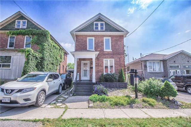 Main Photo: 173 N Centre Street in Oshawa: O'Neill House (2-Storey) for sale : MLS®# E3870250