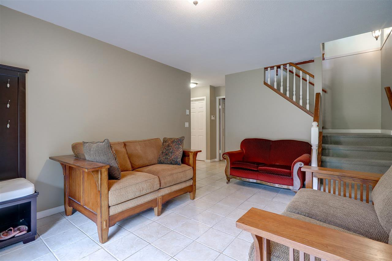 Photo 10: Photos: 30 22740 116 Avenue in Maple Ridge: East Central Townhouse for sale : MLS®# R2220079