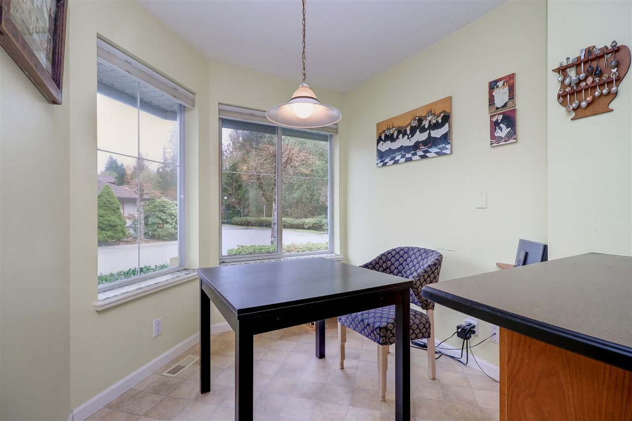 Photo 3: Photos: 30 22740 116 Avenue in Maple Ridge: East Central Townhouse for sale : MLS®# R2220079