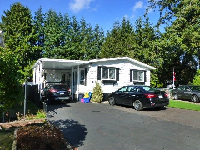 "Main Photo: 31 2305 200 Street in Langley: Brookswood Langley Manufactured Home for sale in ""Cedar Lane"" : MLS®# R2223523"