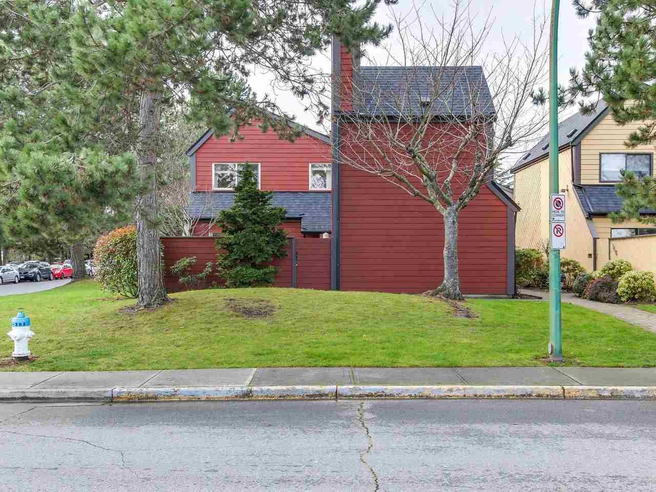 Photo 15: Photos: 106 5421 10 AVENUE in Delta: Tsawwassen Central Townhouse for sale (Tsawwassen)  : MLS®# R2232945