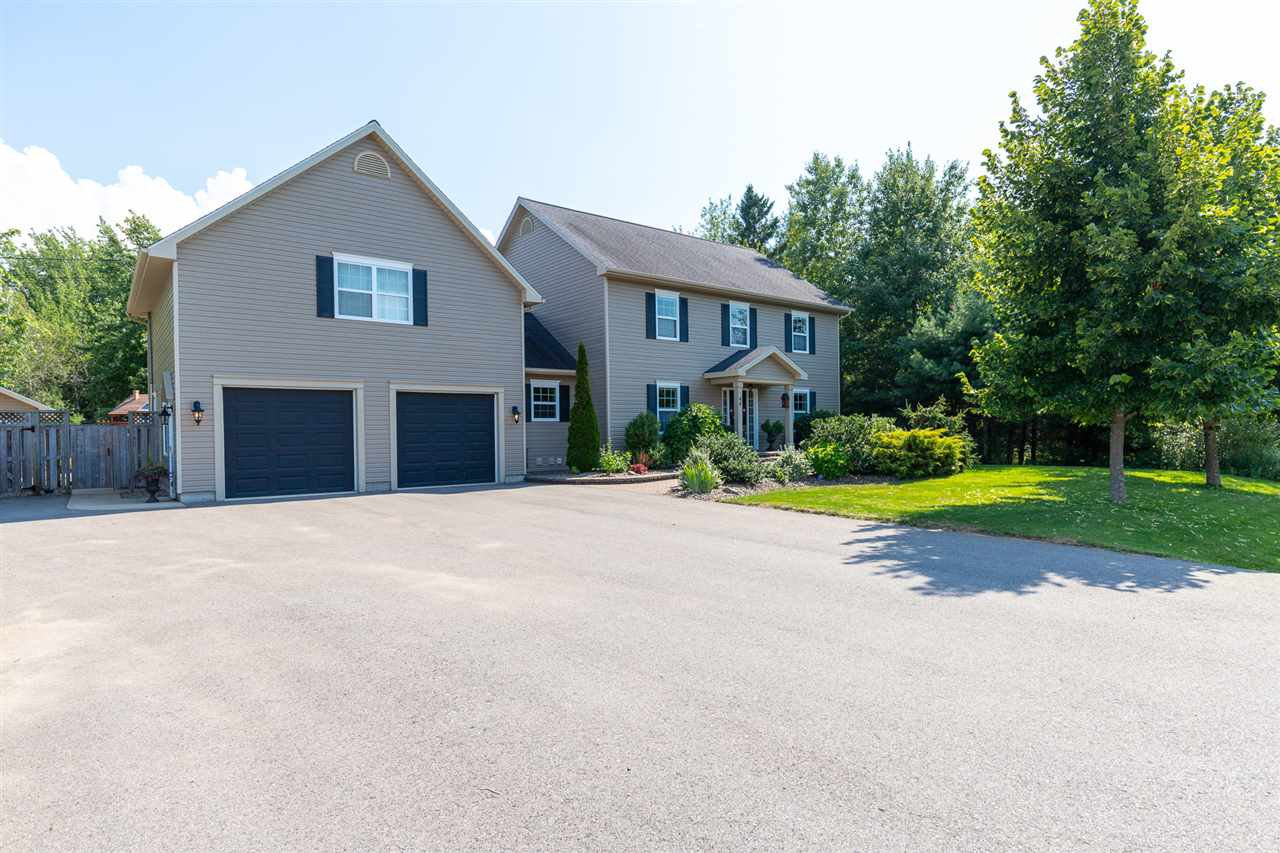Main Photo: 44 LAUREL Street in Kingston: 404-Kings County Residential for sale (Annapolis Valley)  : MLS®# 201804511