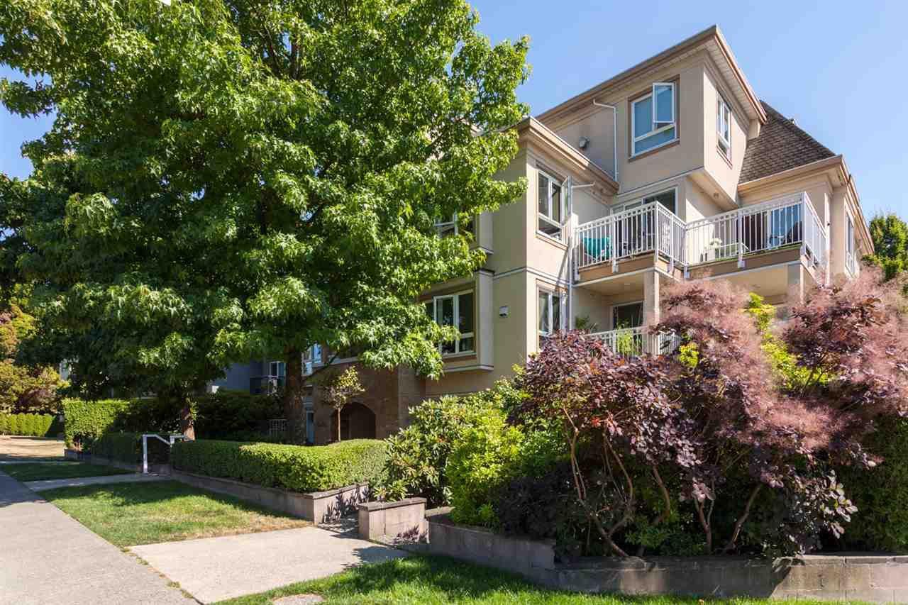 """Main Photo: 305 228 E 14TH Avenue in Vancouver: Mount Pleasant VE Condo for sale in """"DEVA"""" (Vancouver East)  : MLS®# R2291911"""