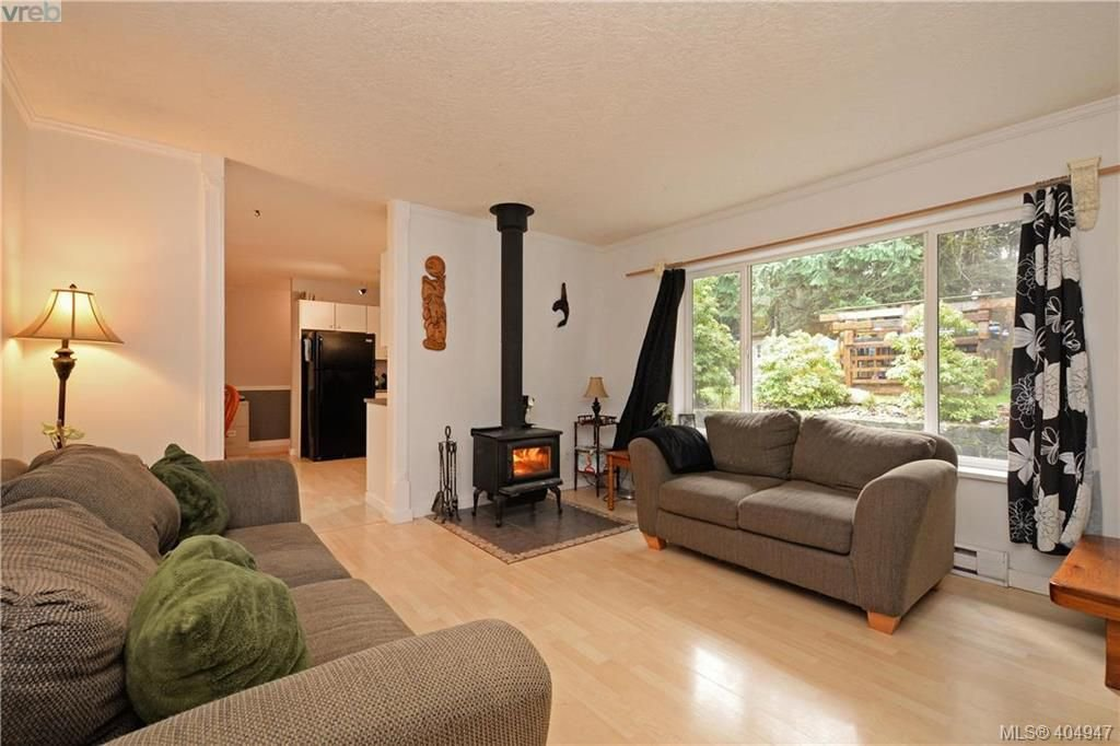 Photo 2: Photos: 2194 Phillips Rd in SOOKE: Sk Sooke Vill Core Half Duplex for sale (Sooke)  : MLS®# 804621