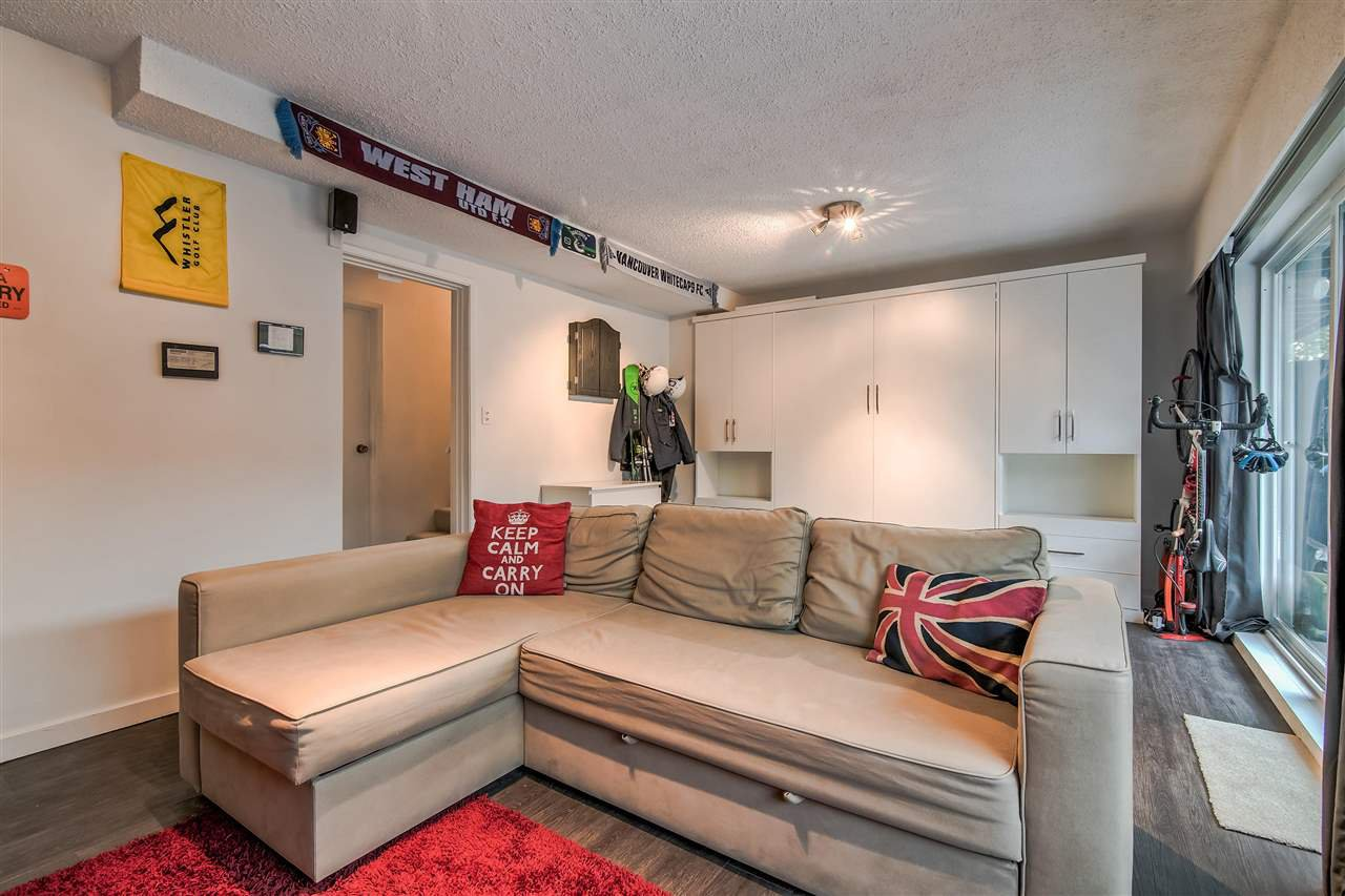 """Photo 15: Photos: 1069 LILLOOET Road in North Vancouver: Lynnmour Townhouse for sale in """"Lynnmour West"""" : MLS®# R2338577"""