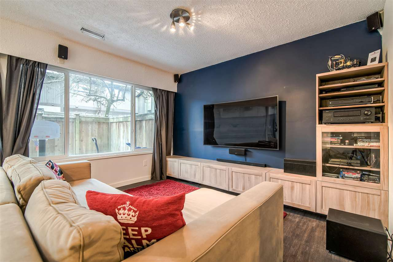 """Photo 14: Photos: 1069 LILLOOET Road in North Vancouver: Lynnmour Townhouse for sale in """"Lynnmour West"""" : MLS®# R2338577"""
