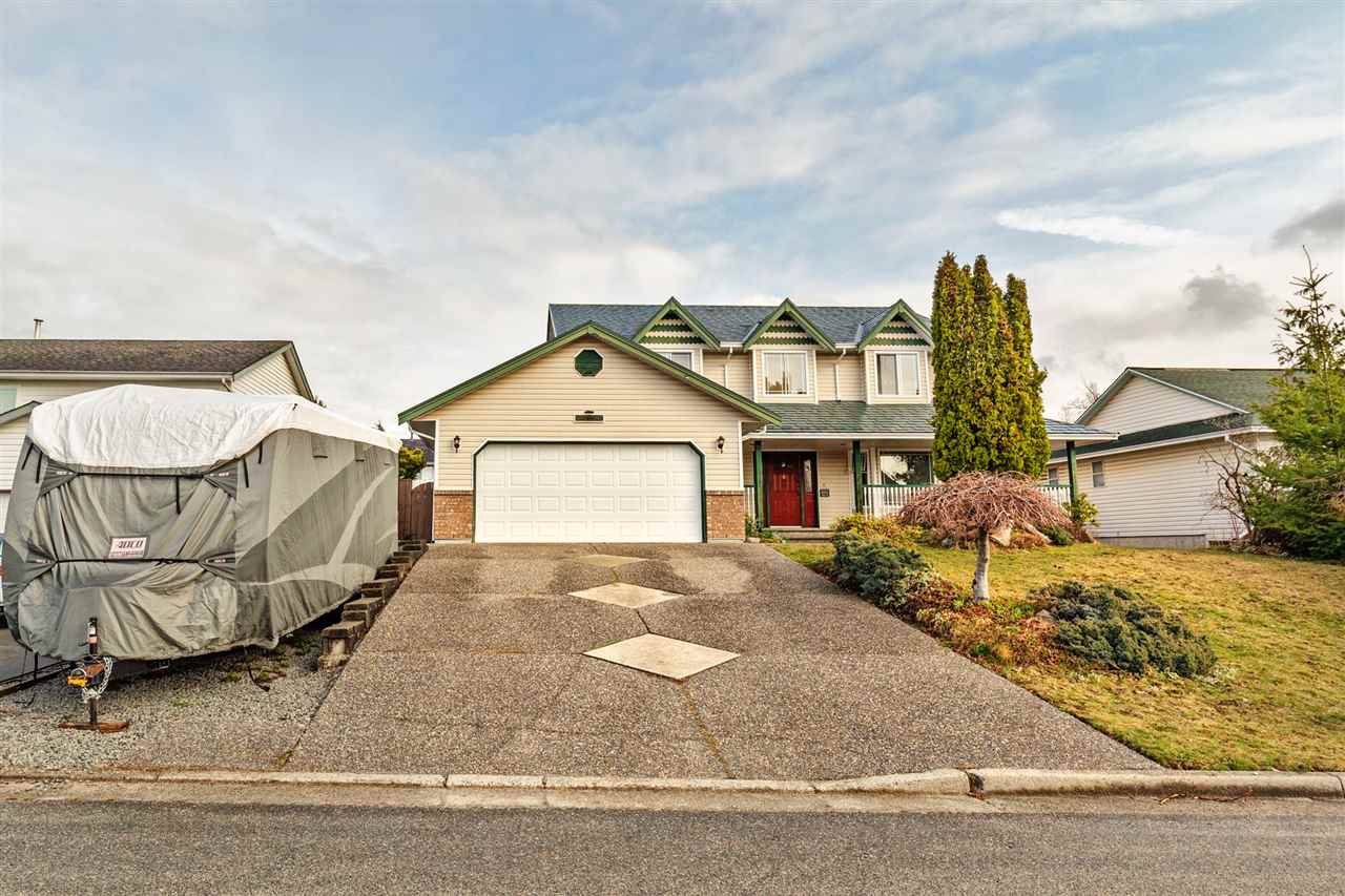 "Main Photo: 33553 KNIGHT Avenue in Mission: Mission BC House for sale in ""Hillside/Forbes"" : MLS®# R2352196"