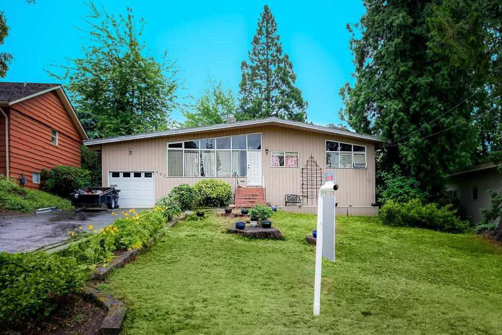Main Photo: 407 ASHLEY Street in Coquitlam: Coquitlam West House for sale : MLS®# R2371044