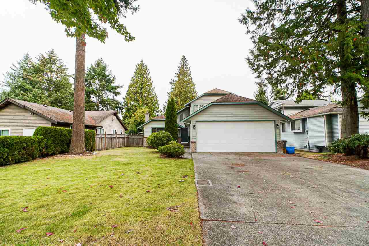 Main Photo: 12975 61 Avenue in Surrey: Panorama Ridge House for sale : MLS®# R2505089