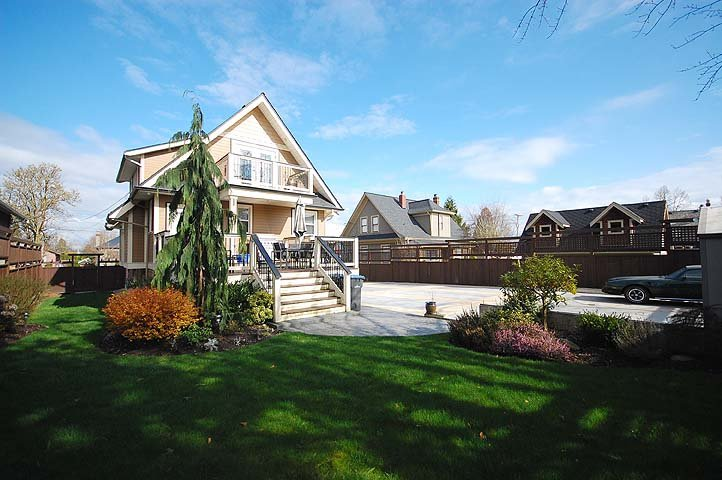 """Photo 22: Photos: 214 6TH Avenue in New Westminster: Queens Park House for sale in """"QUEEN'S PARK"""" : MLS®# V926048"""