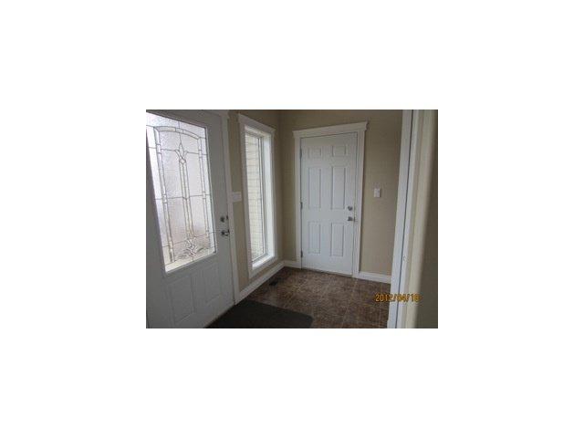 Photo 3: Photos: 11714 98A Street in Fort St. John: Fort St. John - City SE House 1/2 Duplex for sale (Fort St. John (Zone 60))  : MLS®# N239996