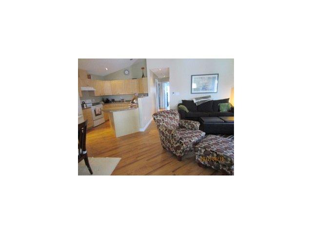 Photo 7: Photos: 11714 98A Street in Fort St. John: Fort St. John - City SE House 1/2 Duplex for sale (Fort St. John (Zone 60))  : MLS®# N239996