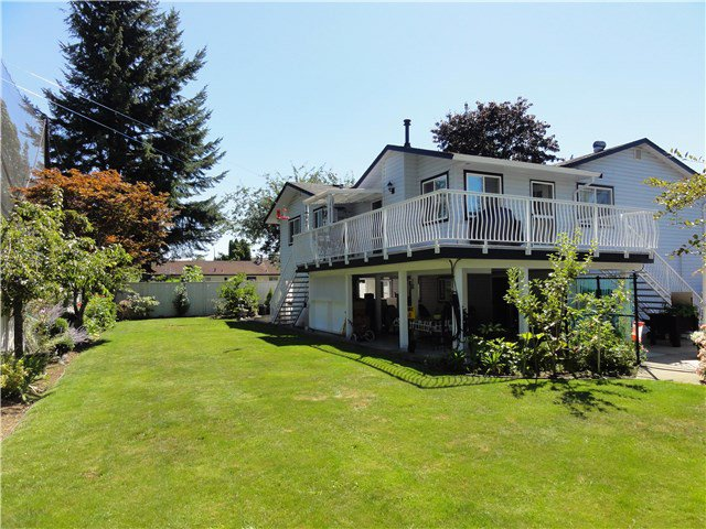 Photo 2: Photos: 5252 209TH Street in Langley: Langley City House for sale : MLS®# F1449073