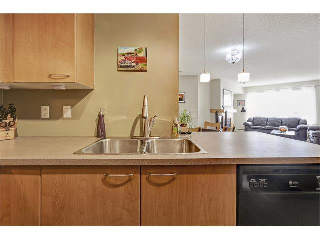 Photo 11: Photos: 216 5115 RICHARD Road SW in Calgary: Lincoln Park Condo for sale : MLS®# C4049301