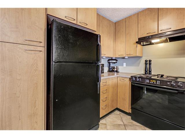 Photo 12: Photos: 216 5115 RICHARD Road SW in Calgary: Lincoln Park Condo for sale : MLS®# C4049301