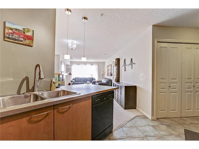 Photo 13: Photos: 216 5115 RICHARD Road SW in Calgary: Lincoln Park Condo for sale : MLS®# C4049301