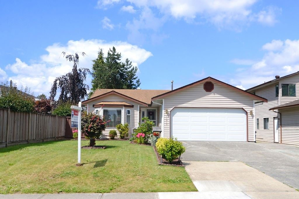 Main Photo: 11913 SENTINEL Street in Maple Ridge: Southwest Maple Ridge House for sale : MLS®# R2088203