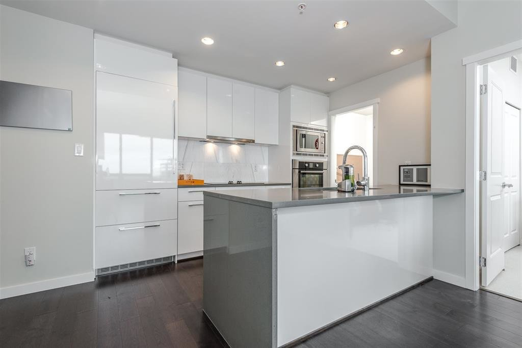 Photo 1: Photos: 1902 5728 BERTON Avenue in Vancouver: University VW Condo for sale (Vancouver West)  : MLS®# R2129611