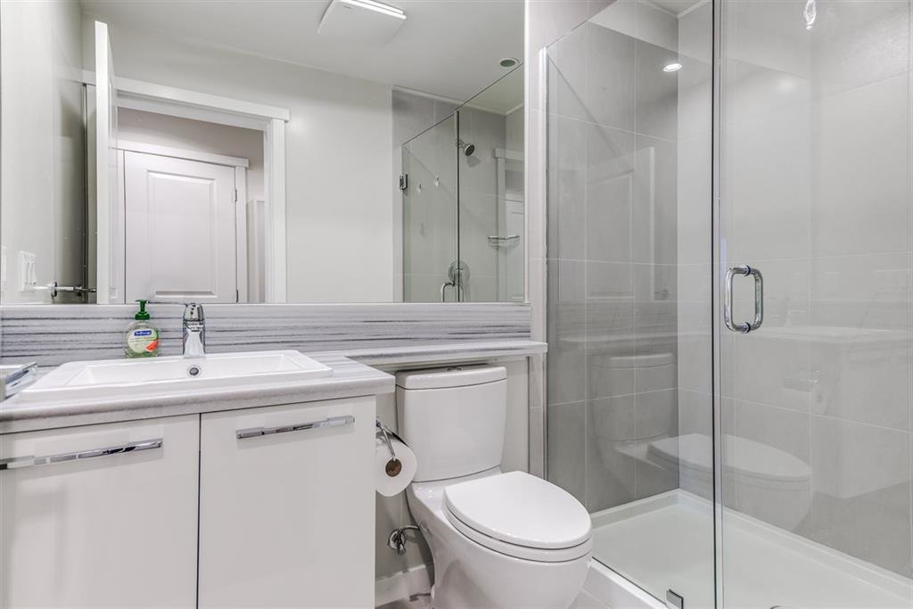 Photo 11: Photos: 1902 5728 BERTON Avenue in Vancouver: University VW Condo for sale (Vancouver West)  : MLS®# R2129611