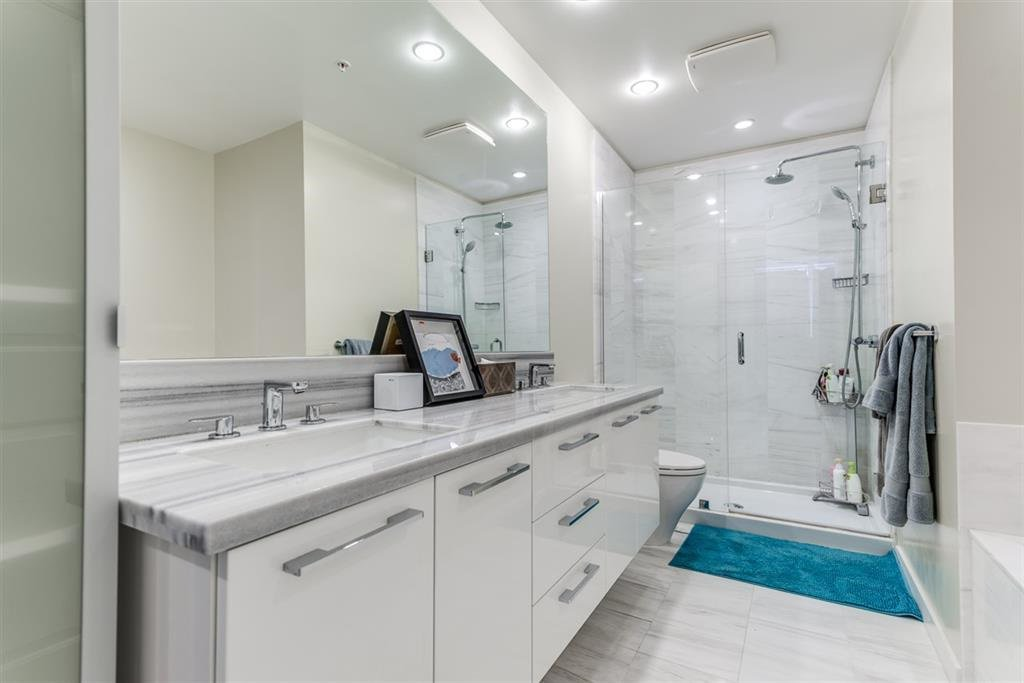 Photo 3: Photos: 1902 5728 BERTON Avenue in Vancouver: University VW Condo for sale (Vancouver West)  : MLS®# R2129611