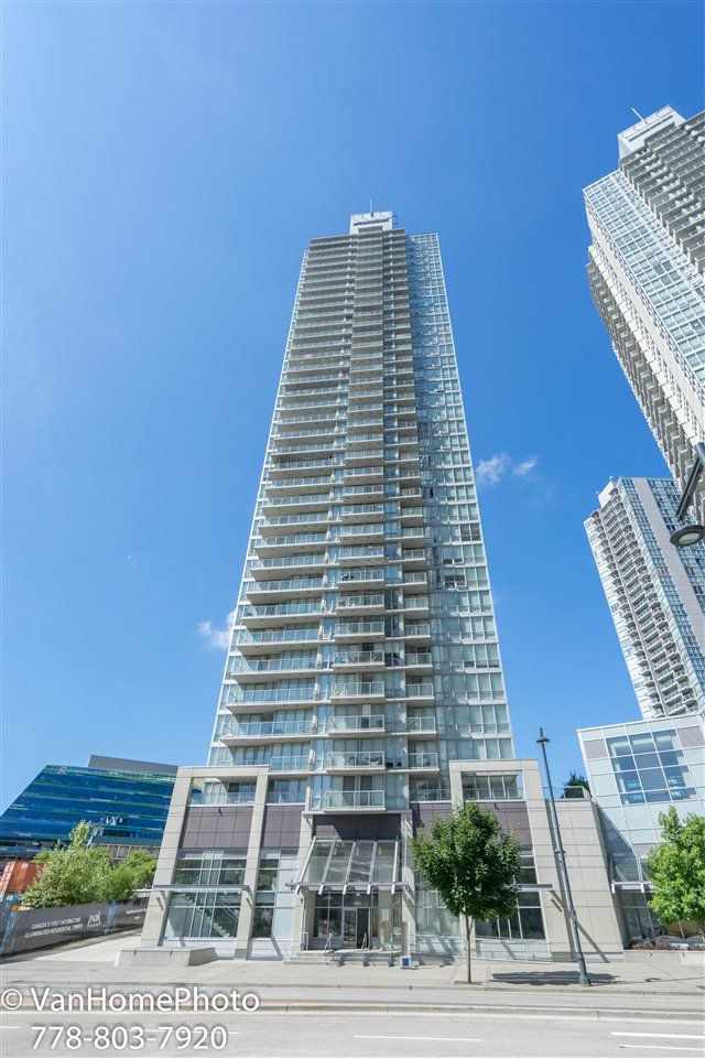 Main Photo: 2401 9981 WHALLEY BOULEVARD in : Whalley Condo for sale : MLS®# R2193628