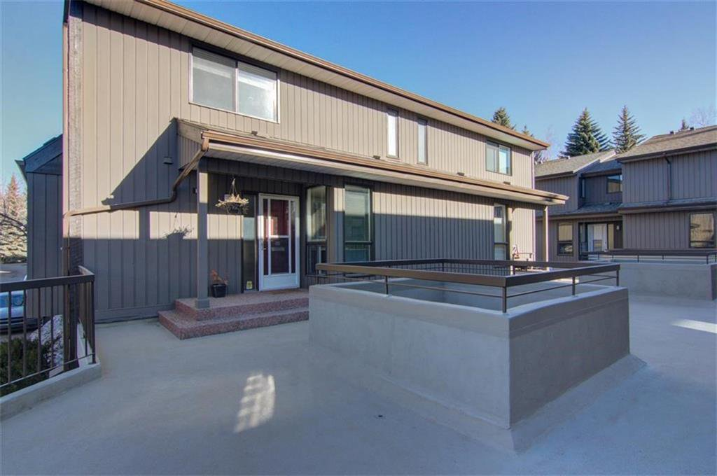 Main Photo: 1317 3240 66 Avenue SW in Calgary: Lakeview Row/Townhouse for sale : MLS®# C4214775