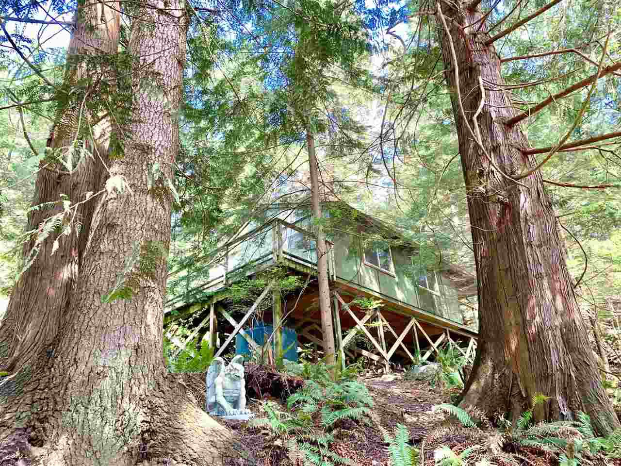 Main Photo: 303 GORDON Road: Keats Island House for sale (Sunshine Coast)  : MLS®# R2359616