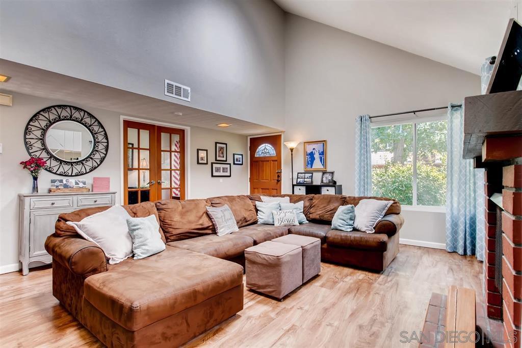 Main Photo: TIERRASANTA House for sale : 4 bedrooms : 10743 Escobar Dr in San Diego