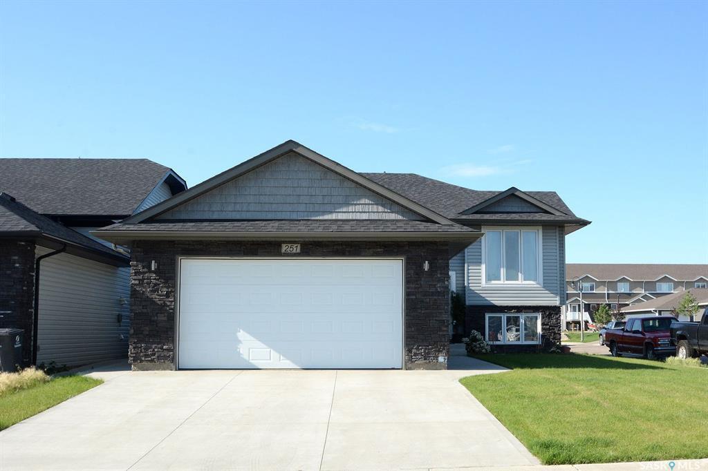 Main Photo: 251 Pringle Lane in Saskatoon: Stonebridge Residential for sale : MLS®# SK783836