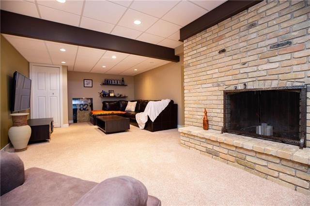 Photo 20: Photos: 94 Woodlawn Avenue in Winnipeg: Residential for sale (2C)  : MLS®# 1925418