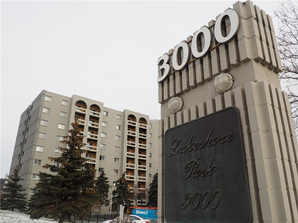 Main Photo: 810 3000 Pembina Highway in Winnipeg: Fort Richmond Condominium for sale (1K)  : MLS®# 1930672