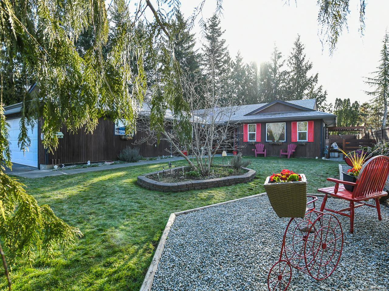Main Photo: 1315 E 10th St in COURTENAY: CV Courtenay East House for sale (Comox Valley)  : MLS®# 836354