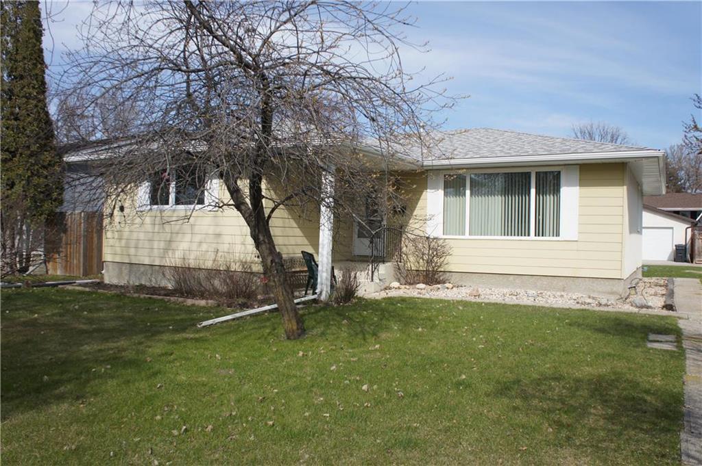 Main Photo: 1081 Isbister Street in Winnipeg: Crestview Residential for sale (5H)  : MLS®# 202006380