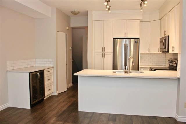 Photo 2: Photos: 8574 Aquitania Place in Vancouver: Townhouse for sale (Vancouver East)  : MLS®# R2473354