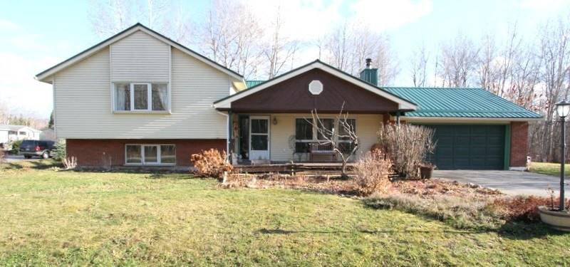 Main Photo: 6 Trent River Road in Kawartha Lakes: Rural Eldon House (Sidesplit 3) for sale : MLS®# X4984209