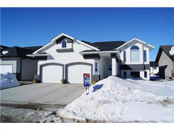 Main Photo: 304 Faldo Crescent: Warman Single Family Dwelling for sale (Saskatoon NW)  : MLS®# 392288