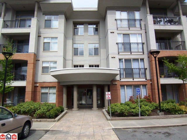"Main Photo: 101 33546 HOLLAND AV in ABBOTSFORD: Central Abbotsford Condo for rent in ""TEMPO"" (Abbotsford)"