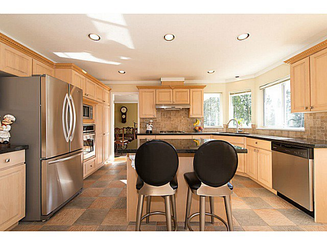 Photo 2: Photos: 929 MELBOURNE AV in North Vancouver: Capilano Highlands House for sale : MLS®# V991503