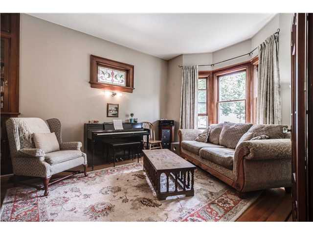 """Main Photo: 941 E 62ND Avenue in Vancouver: South Vancouver House for sale in """"SOUTH VANCOUVER"""" (Vancouver East)  : MLS®# V1126394"""