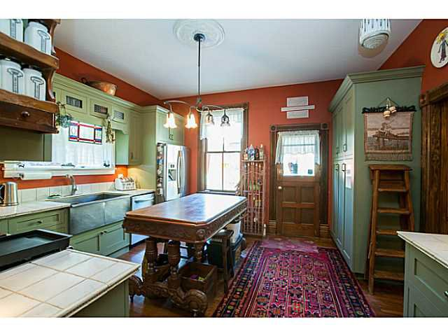 """Photo 7: Photos: 321 QUEENS Avenue in New Westminster: Queens Park House for sale in """"QUEEN'S PARK"""" : MLS®# V1131865"""