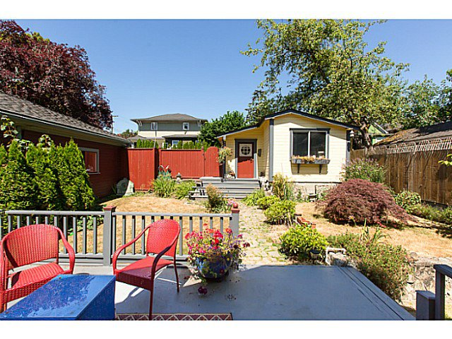 """Photo 19: Photos: 321 QUEENS Avenue in New Westminster: Queens Park House for sale in """"QUEEN'S PARK"""" : MLS®# V1131865"""