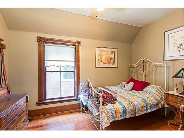 """Photo 15: Photos: 321 QUEENS Avenue in New Westminster: Queens Park House for sale in """"QUEEN'S PARK"""" : MLS®# V1131865"""