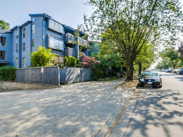 Main Photo: 206 2173 W 6TH AVENUE in : Kitsilano Condo for sale : MLS®# V1133530