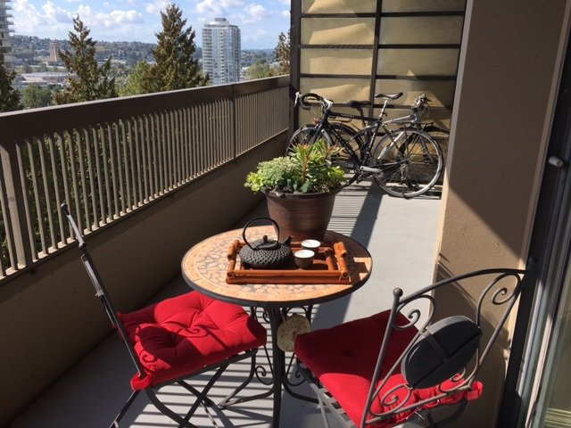 "Main Photo: 907 2041 BELLWOOD Avenue in Burnaby: Brentwood Park Condo for sale in ""ANOLA PLACE"" (Burnaby North)  : MLS®# R2109625"