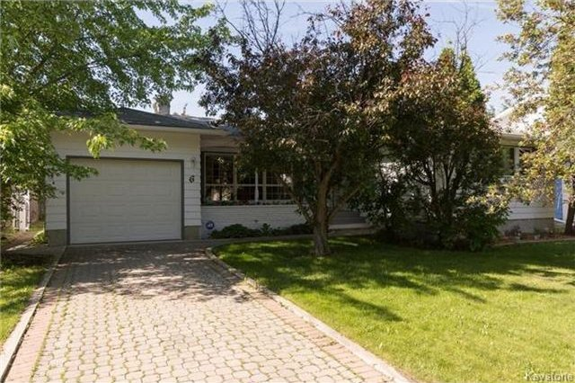 Main Photo: 6 Robert Service Bay in Winnipeg: Residential for sale (5G)  : MLS®# 1715155