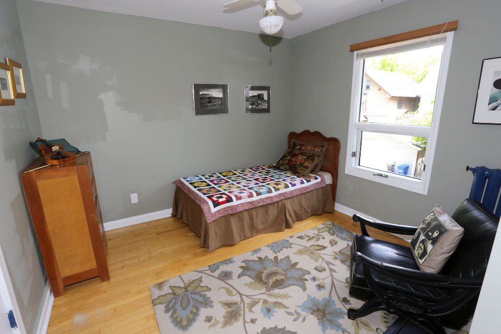 Photo 17: Photos: 145 Canora Street in Winnipeg: Wolseley Single Family Detached for sale (5B)  : MLS®# 1716861