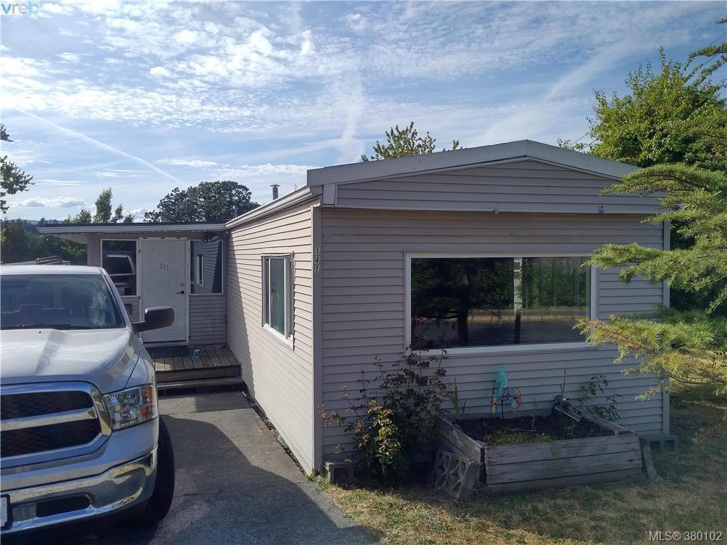 Main Photo: 141 Cooper Road in VICTORIA: VR Glentana Manu Single-Wide for sale (View Royal)  : MLS®# 380102