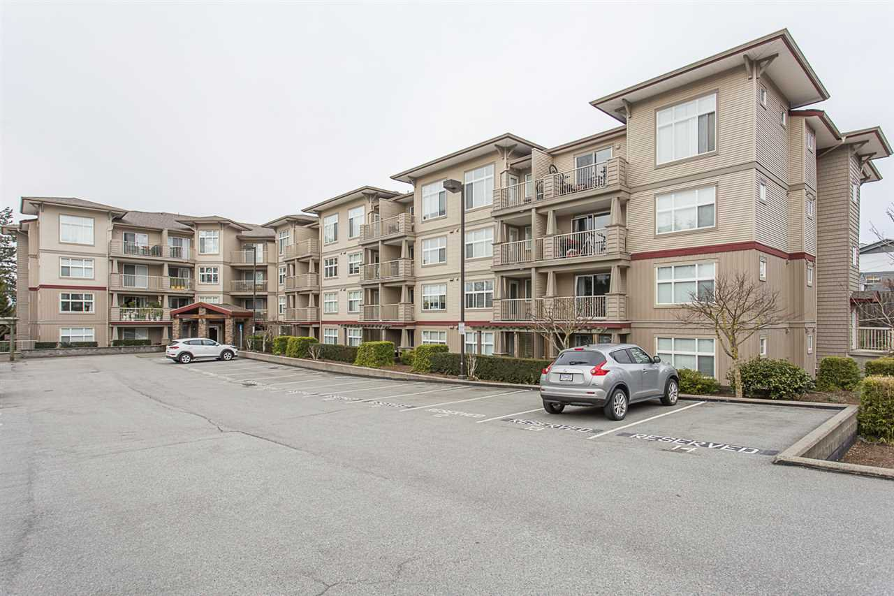 """Main Photo: 310 2515 PARK Drive in Abbotsford: Abbotsford East Condo for sale in """"Viva on Park"""" : MLS®# R2253616"""