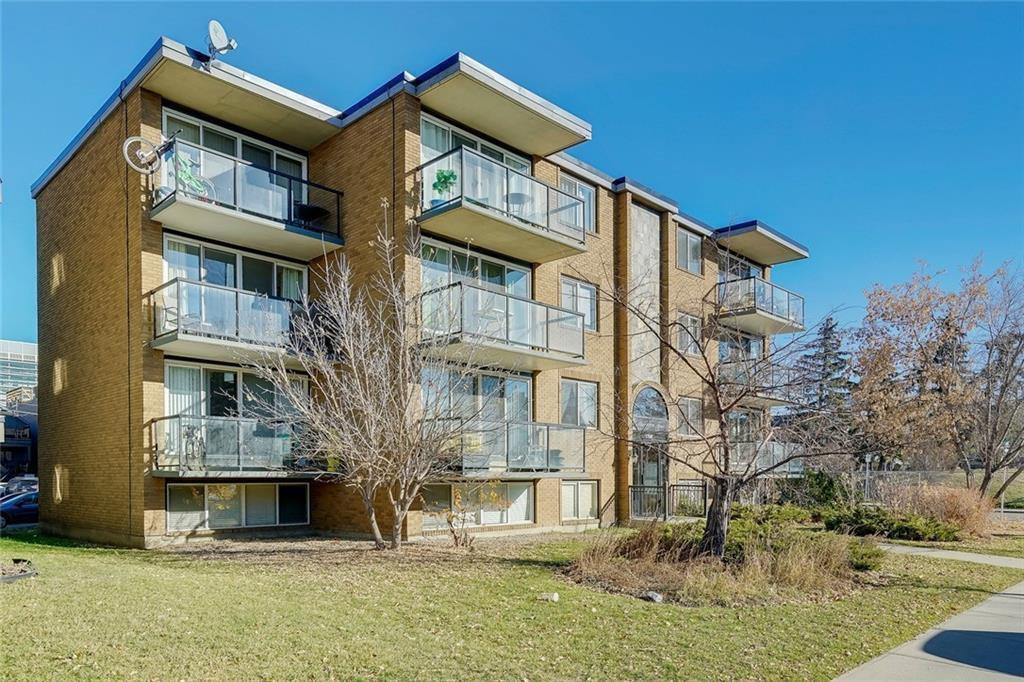 Main Photo: 202 1706 11 Avenue SW in Calgary: Sunalta Apartment for sale : MLS®# C4214439
